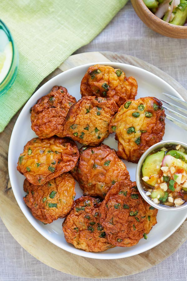 Easy and healthy Thai fish cakes (Tod Mun Pla) recipe.
