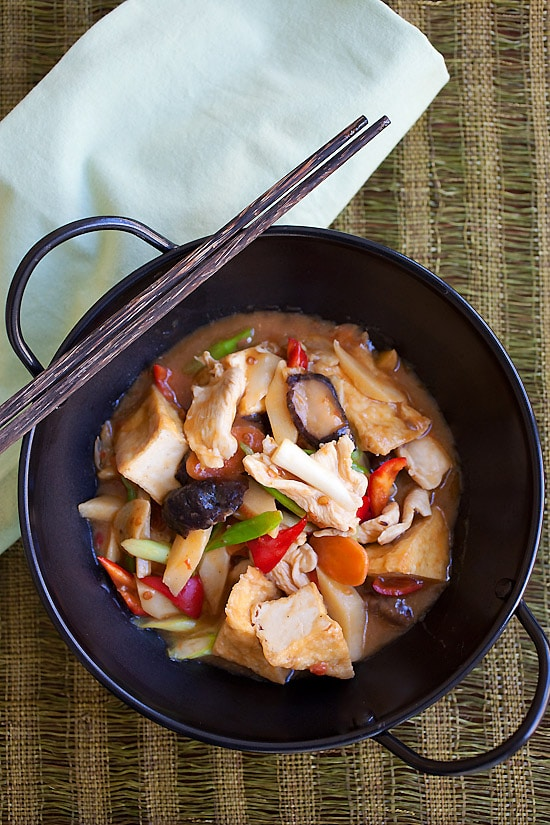 Sichuan homestyle tofu is a tofu dish made with spicy bean sauce in a skillet.