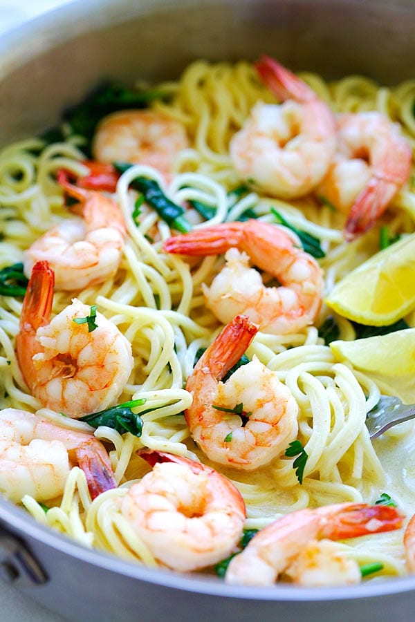 Quick and easy shrimp pasta recipe with shrimp, spaghetti in a buttery and creamy sauce.