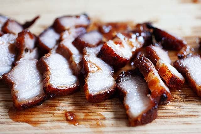 The best Chinese BBQ pork belly sliced into pieces.