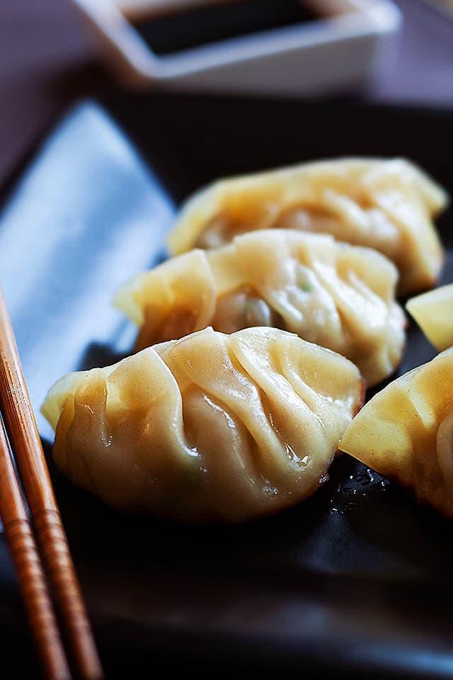 Gyoza Juicy And Crispy Dumplings Rasa Malaysia